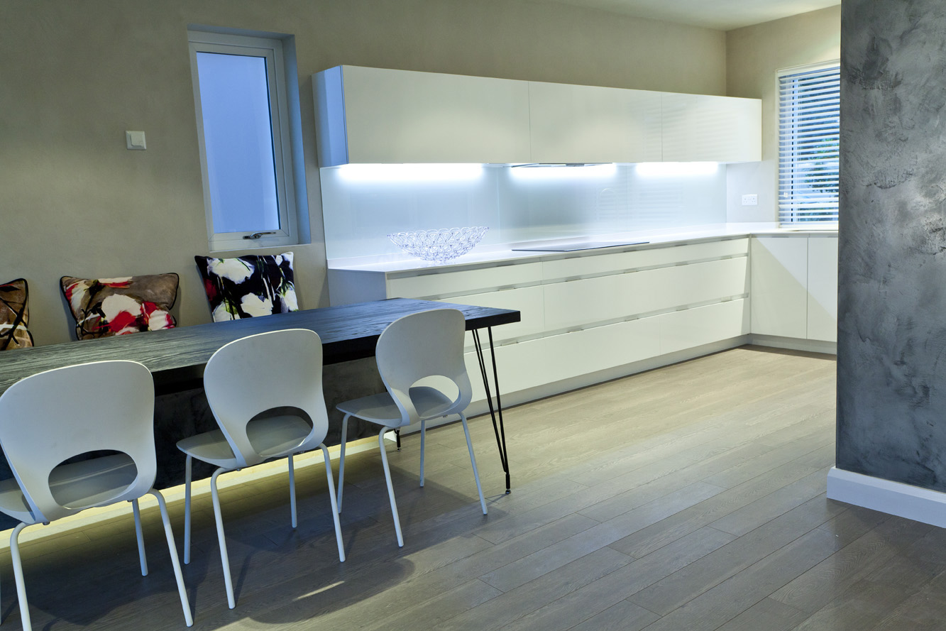 Our Kitchen / Living / Dining Areas - Des EwingDes Ewing